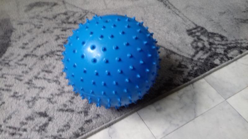 Fizyka kwantowa, koronawirus i piłka.
