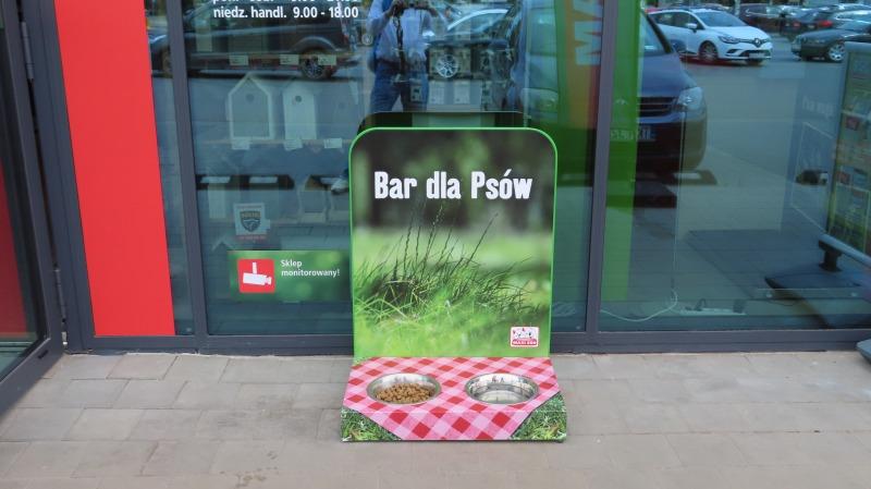 Maxi Zoo i Bar dla Psów
